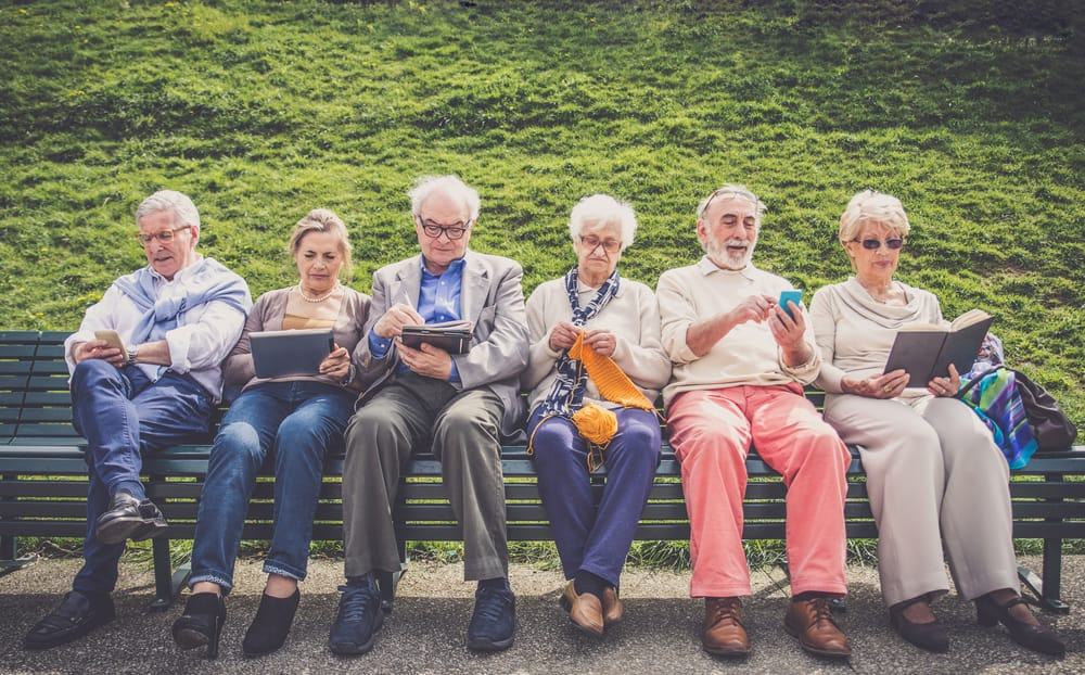 The Importance of Social Health for Seniors and Tips for Senior Activities
