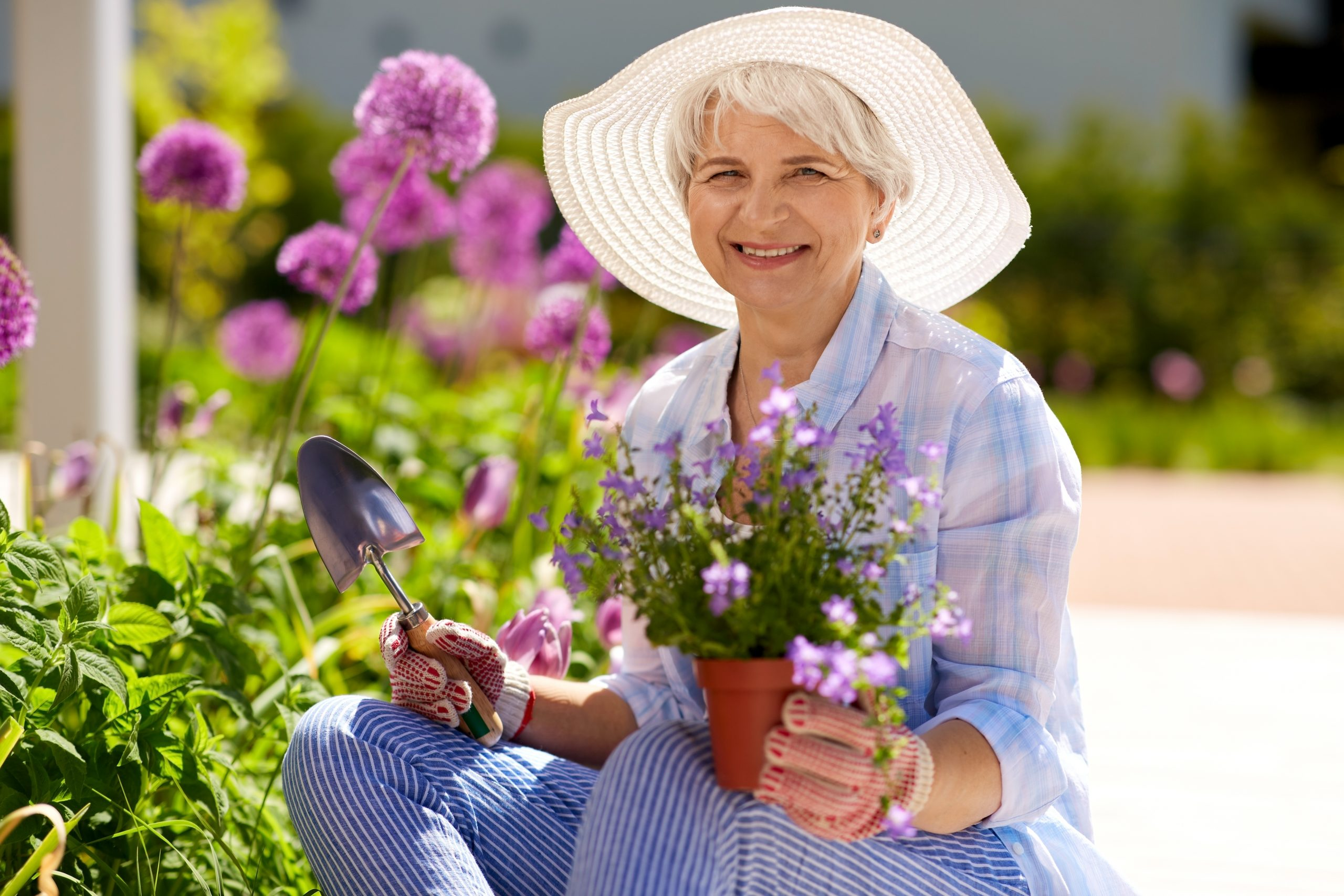 These Are the 7 Ways Seniors Can Stay Cool This Summer